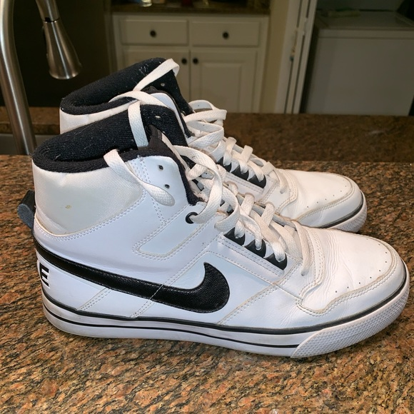 85fefa3414c6 Nike Shoes | Sb Dunk High Top | Poshmark